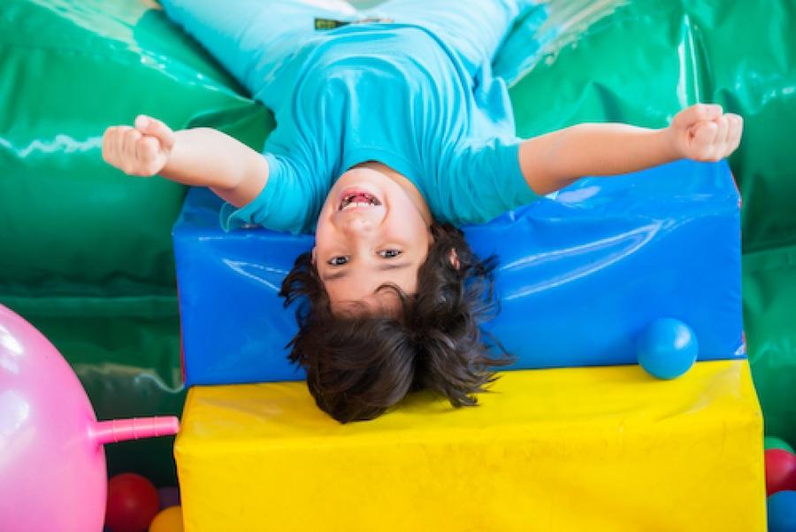 1098e86b379 Why You Should Take Your Kids To A Bounce House In The Mall